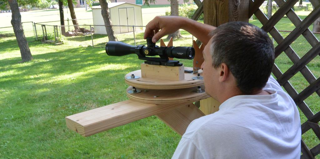 Doing the mechanical testing on the Athlon Midas TAC 6-24x50mm