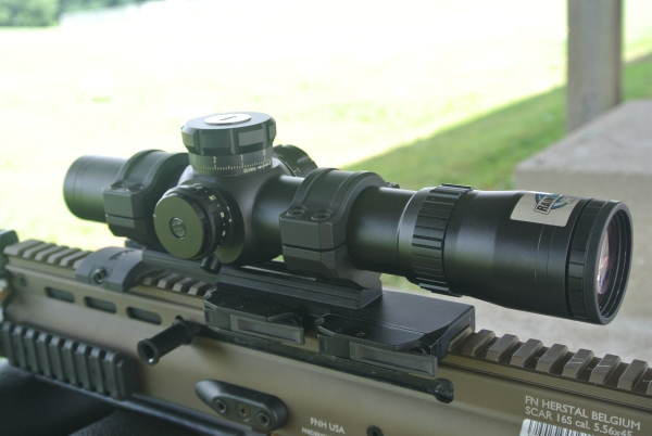 Bushnell SMRS 1-8.5x in the Bobro 34mm Cantilevered Precision Optic Mount