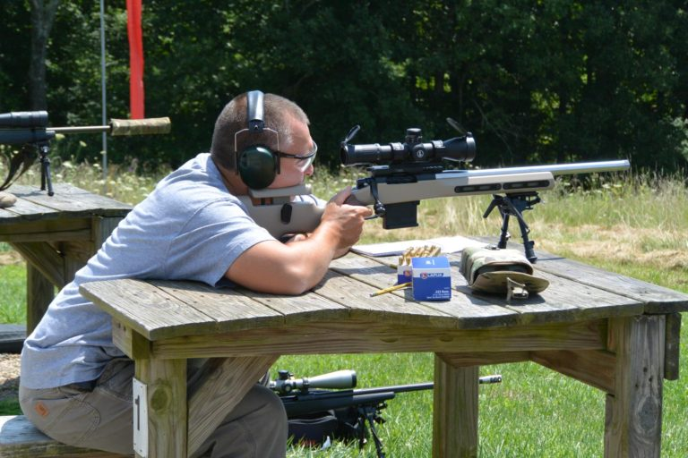 Shooting a match with the Kelbly Atlas Tactical wearing a Grayboe Ridgeback Stock and eating Lapua ammo