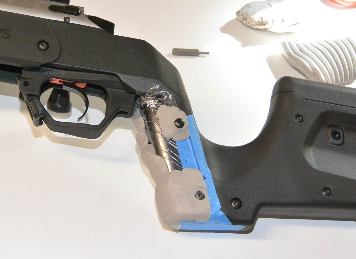 Building my polymer clay grip on the MDT XRS stock