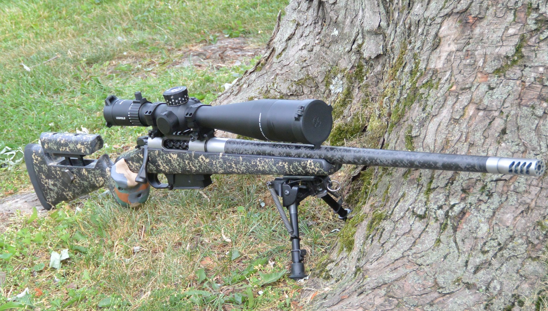 An excellent lightweight hunting setup with the Leupold Mark 5HD 5-25x56 sitting atop the Mesa Precision Arms Crux test rifle from a couple years ago in the McMillan Carbon Game Warden stock