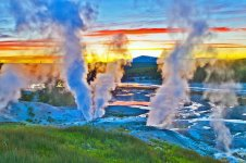 wyoming-pictures-most-beautiful-places-to-visit-norris-geyser-basin.jpg